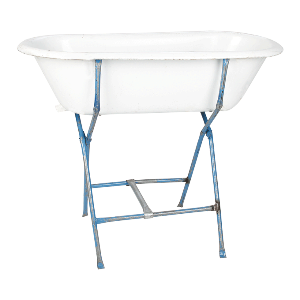 BABY BATH TUB WITH BLUE STAND 18\
